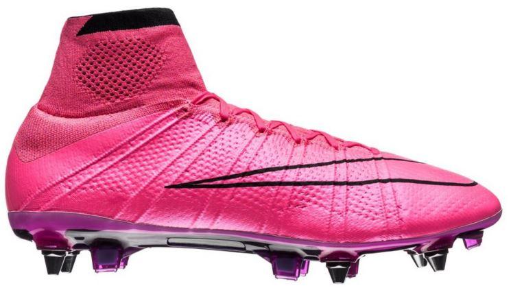 Lyserøde fodboldstøvler fra Nike